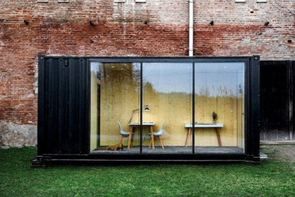 Ways to use a shipping container: Home office