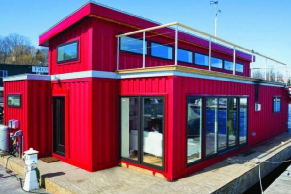 Ways to use a shipping container: Houseboat